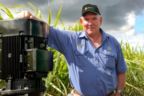 IRRIGATORS1: Ian Loeskow with the latest high efficiency pump. Solana Photography.